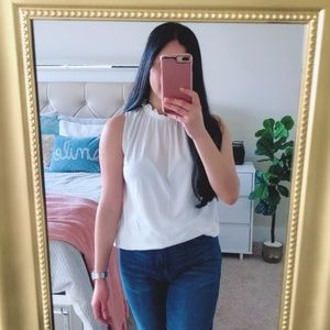 ZARA White Ruffles Neck Sleeveless Top Size M